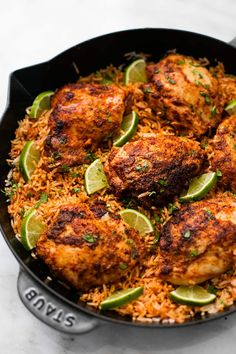 ONE PAN CHILI LIME CHICKEN & RICE This delicious meal is made in one pan with minimal ingredients but is packed with amazing flavor! Your entire family will love this easy 30 minute meal! Chile Lime Chicken, Cilantro Chicken, Garlic Chicken, Fresh Chicken, Creamy Chicken, Easy Chicken And Rice, One Pan Chicken, Chicken Rice, Chicken Casserole