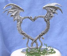 Top Dragon Wedding Cake Toppers With Two Dragon Cake Topper 50 These Two Dragons Are Nuzzeling Their Viking Wedding, Renaissance Wedding, Celtic Wedding Rings, Pagan Wedding, Dragon Wedding Cake, Heart Wedding Cakes, Wedding Cookies, Goth Cakes, Dragon Heart