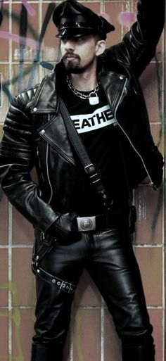 Neck Chain, Motorcycle Leather, Special Girl, Mens Gloves, Leather Men, Amen, Thighs, Punk, Hot