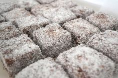 Just looking at lamingtons all lined up transports you back to a coconut dusted Aussie childhood. These cakes are so iconic that they have their own 'official website'! Vegan Treats, Vegan Desserts, Vegan Food, Pasta Cake, Vanilla Essence, No Bake Treats, Tea Cakes, Baking Recipes, Vegetarian Recipes