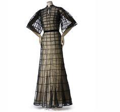 Madeleine Vionnet, Dress, summer 1937, collection Les Arts Décoratifs, U.F.A.C Madeleine Vionnet | Drama of Exile