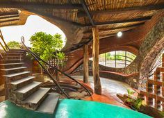 Curvaceous Brick House uses passive cooling and local materials in India