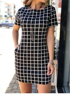 Best 11 I'm in love with this dress…. Smart Casual Wear, Stylish Work Outfits, Classy Outfits, Chic Outfits, Fashion Outfits, Nice Dresses, Short Sleeve Dresses, Latest African Fashion Dresses, Ivana