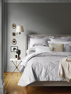 http://www.lonny.com/Design+Inspiration/articles/Hy0it0MEMEo/Bedroom+Dreams+Styling+Ideas+Sferra