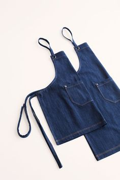 Our Harvest Denim Apron is a signature Cargo Crew original design - made iconic in the hospitality industry and celebrating its heritage and history in workwear. Harvest Denim is crafted from a heavy-duty 100% cotton denim fabric which will wear in perfectly like your favourite pair of jeans 🙌 The Harvest range are all available for name personalisation so wether you're wearing it at home or have your whole crew decked out, everyone will have their favourite apron 😉 Cafe Apron, Waist Apron, Bib Apron, Uniform Design, Apron Designs, Best Wear, Denim Fabric, Top Stitching, Workwear