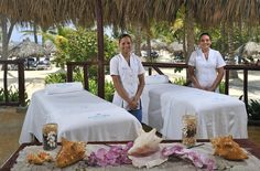 Get 15 dollars discount on your first booking, take advantage of this discount. Punta Cana Hotels, All Inclusive, Guest Room, Table Decorations, Range, City, Design, Bahia, Cookers