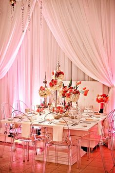 Simply love this pink chic table setting