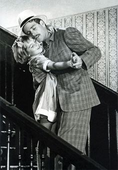 "From a guy who could never act and a girl who could only act once, a charmingly light film.   Ryan and Tatum O'Neal in ""Paper Moon"""