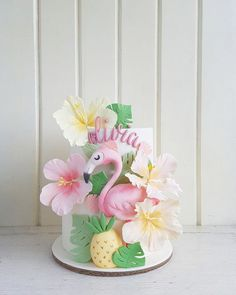 Flamingo tropical birthday cake idea