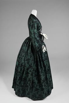 Evening dress, 1850-55   In the Swan's Shadow