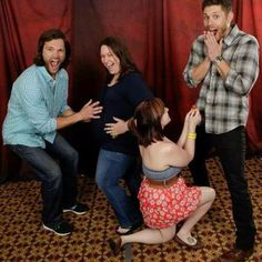 Jared & Jensen with fans This is the cutest thing ever