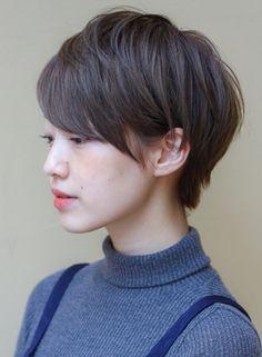 透明感◎シンプルカジュアルショート(髪型ショートヘア)
