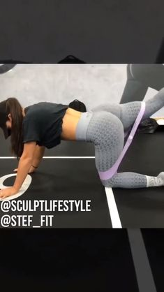 Glute Exercises at home. Glutes workout with bands. Fitness Workouts, At Home Glute Workout, Fitness Routines, Workout Videos, At Home Workouts, Fitness Tips, Fitness Motivation, Band Workouts, Glute Exercises