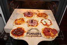 Mini Pizzen gebacken am 5cm Pimotti Pizzastein! Die Hauptdarsteller von links unten nach rechts: Pizza Sizilliana, Pizza Diabolo, Pizza Caprese, Pizza Gorgonzola, Pizza Prosciutto Funghi und Pizza Margarita