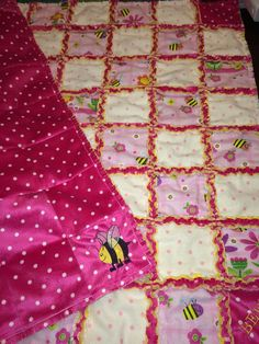 Flowers and Bees Infant/Toddler Rag Quilt  FREE by RAGGEDYnANN