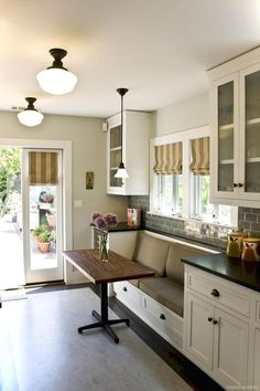 Awesome banquette seating ideas for your kitchen 61