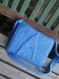 Star Trek knit bag - wish I could knit...:P
