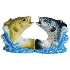 Clown Kissing Salt and Pepper Shakers This set of salt and pepper shakers are a great gift for a fishing fan. They are a real sell out on Amazon. http://theceramicchefknives.com/novelty-salt-and-pepper-shakers/ Bass Splash Magnetic Ceramic Salt and Pepper Shaker Set