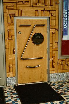 .(Accidental Faces) A door