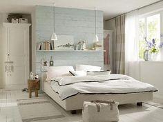 Lichte landelijke slaapkamer