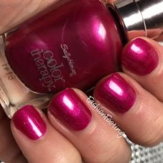 Sally Hansen Color Therapy Robes and Rosé #pr