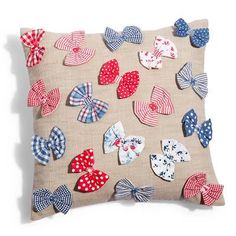 , or make with butterflies from the Clover butterfly yo-yo maker Cute Pillows, Baby Pillows, Throw Pillows, Cushion Cover Designs, Cushion Covers, Decorative Cushions, Scatter Cushions, Sewing Crafts, Sewing Projects