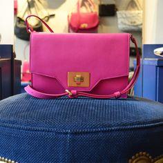Le sac Marion Cyclamene #rose #fahsion #bag Avril Gau, Rose, Fashion, Bag, Moda, Pink, Fashion Styles, Roses, Fashion Illustrations