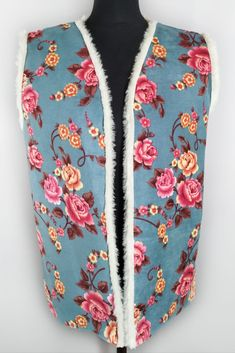 Vintage faux shearling floral vest from the 90s. Gorgeous boho vintage vest in bright floral print. It's very cozy, as fully lined with white faux fur. Floral Tie, Vintage Shops, Faux Fur, Blazers, Floral Prints, Cozy, Bright, Shopping, Blazer