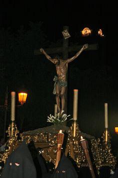 Fotografía de Juan Gallardo González. Cristo de la Buena Muerte -Ciudad Real- Realizado con cámara de fotos