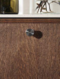 Note Design Studio's kitchen design FRAME in dark oak for Reform. It's an IKEA hack. Note Design Studio, Notes Design, Country Interior Design, Oak Panels, Kitchen Views, Decoration Bedroom, New Kitchen Designs, Studio Kitchen, Minimalist Kitchen