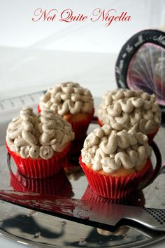 Not Quite Nigella: Aneurysm cupcakes. Brain icing with blood clot inside cupcake.