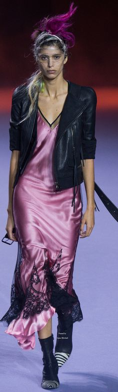 Haider Ackermann Collection Spring 2016 REady to Wear