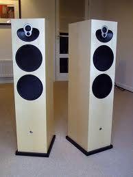Speakers - Linn Majik 140 I want these in Walnut