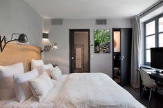 Chambre Deluxe (6) Lits King Size Climatisation Accès wifi gratuit Tv satellite coffre fort Télephone toilettes séparées