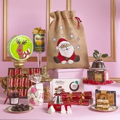 Wont someone be in for a wonderful surprise when this Christmas gift from Hampers & Co is delivered to their door!