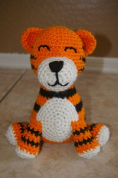 White Tiger Crochet Pattern Free : 1000+ images about Crochet white tiger on Pinterest ...