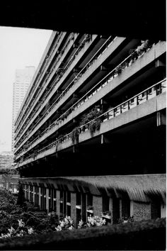 The Barbican Housing estate, City of London, c.May 2004. Barbican B&W002 | Flickr - Photo Sharing!