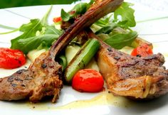 Plate Presentation, Meat Recipes, Plates, Food, Licence Plates, Dishes, Plate, Eten, Dish