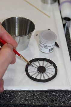 Painting luster dust