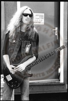 vintage-metallica-with-cliff-burton-by-halfin-4.jpg 467×698 pixels
