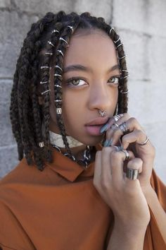Bob braids, black girl, box braids, afro hairstyle