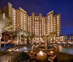 Wyndham Bonnet Creek Resort - one of our of our favorite places to stay at when we visit Walt Disney World, even if we do live only 45 minutes away ;)