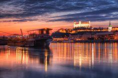 Bratislava-All the lights on Danube.  (lbk)