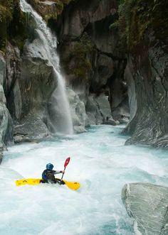 Whitewater Kayak Kayaking in sweet places - gorge canyon - Kayak Paddle, Canoe And Kayak, Canoe Trip, Kayak Adventures, Outdoor Adventures, Whitewater Kayaking, Canoeing, Trekking, White Water Kayak