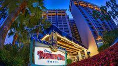 Overview of the Disneyland Resort Hotels and Benefits Paradise Pier Hotel Disneyland, Best Hotels Near Disneyland, Disneyland Resort Hotel, Disneyland Secrets, Disneyland Park, Disneyland California, Downtown Disney Restaurants, Disneyland Opening, Disney World Trip