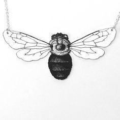 Hommel insect en zilveren ketting ketting