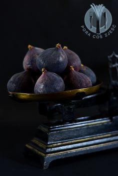 Food photography, food art - figs.