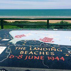 Mit 5300 Schiffen 11000 Flugzeugen und 170 000 alliierten Soldaten startet am Morgen des 6. Juni 1944 der D-Day und damit der Eröffnung der Westfront im zweiten Weltkrieg