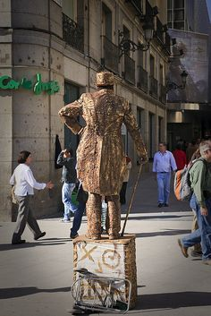 Madrid. Street mime. Puerta del Sol square. Spain by Tomas Fano, via Flickr