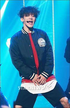 Chen Exo Chen, Park Chanyeol, Sports, Life, Fashion, Hs Sports, Moda, Fashion Styles, Sport